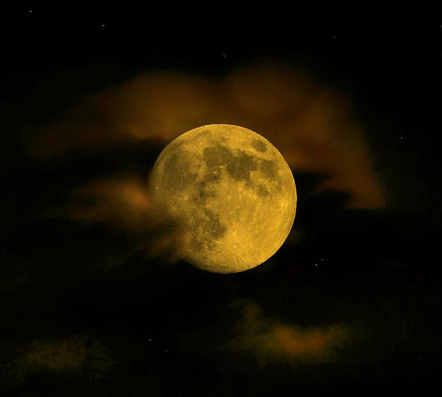 Parada na lua cheia
