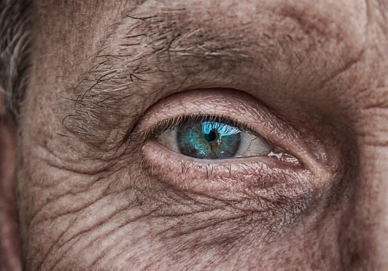 olho na velhice
